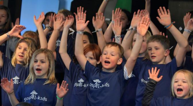 Glad gospel i børnehøjde